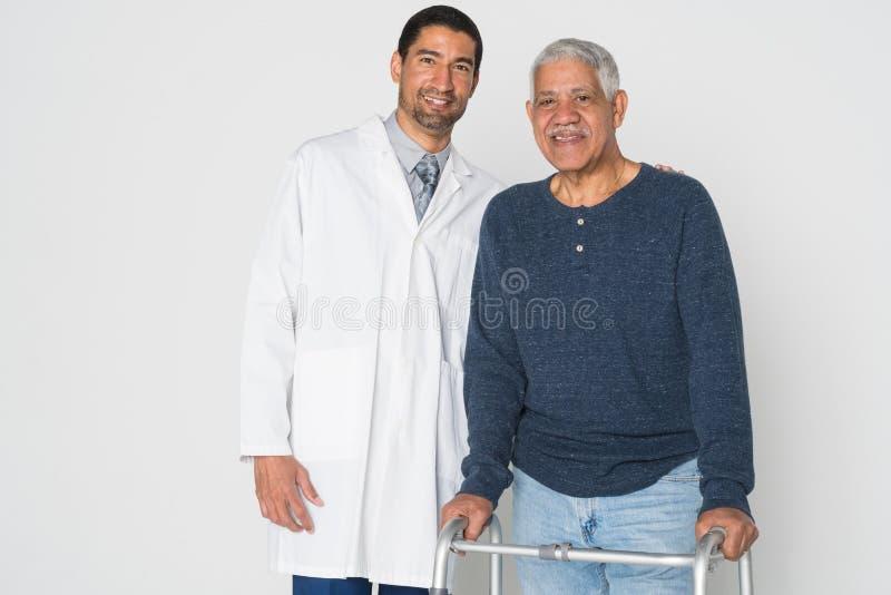 Doktor With Senior arkivbild