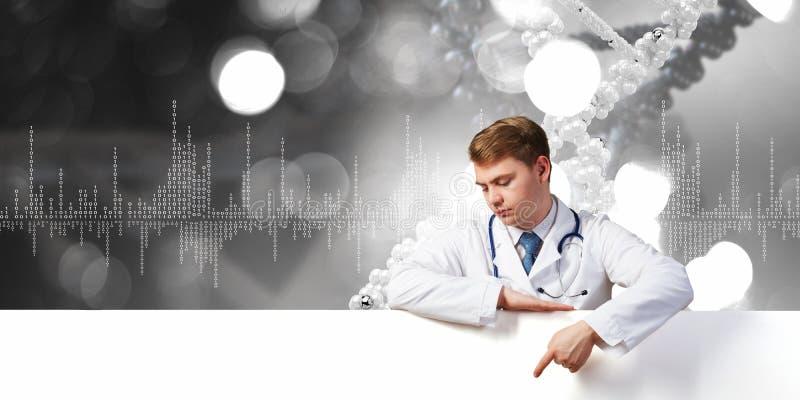 Doktor som framlägger banret arkivfoto
