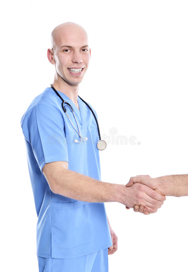 Doktor som skakar händer med den höga patienten arkivbilder
