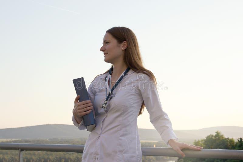 doktor young kobiet zdjęcie royalty free