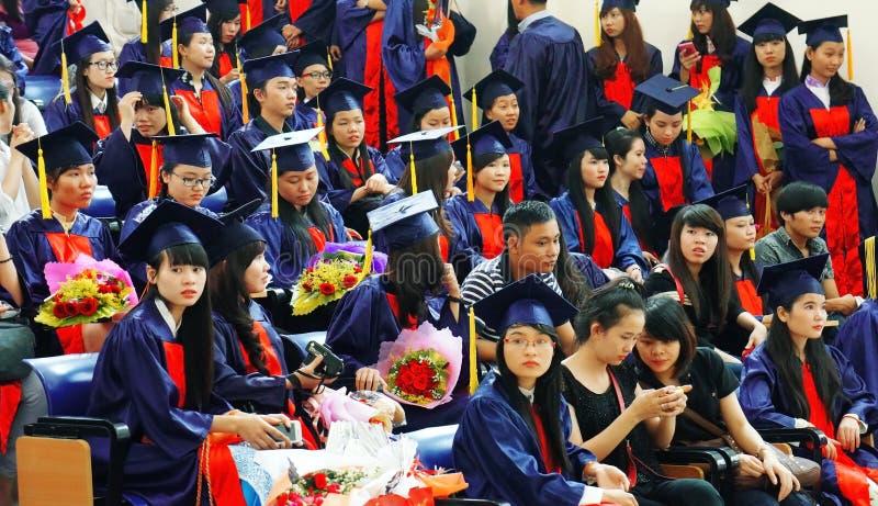 Doktorand- ceremoni på universitetet royaltyfria bilder