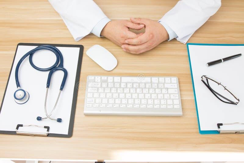 Doktorer på arbete arkivfoto