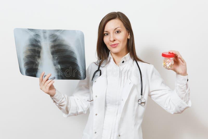 Doktorska kobieta z butelką z pigułkami, promieniowanie rentgenowskie płuca, fluorography, roentgen odizolowywający na białym tle zdjęcie stock