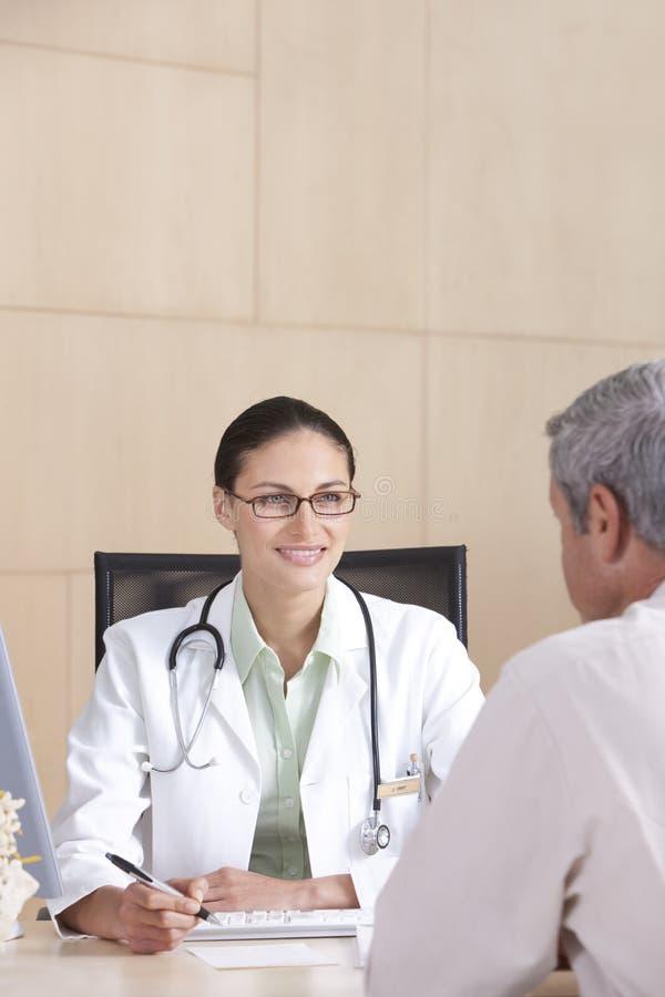 doktorski żeński pacjent obraz stock