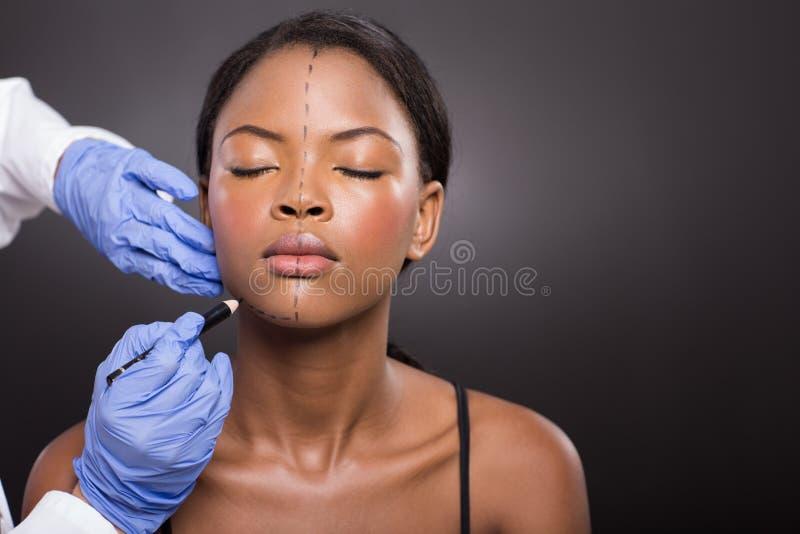 Doktorski korekci linii pacjent zdjęcie stock