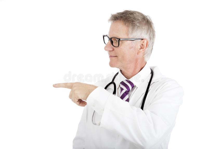 Doktorski wskazywać na lewo od ramy obrazy royalty free