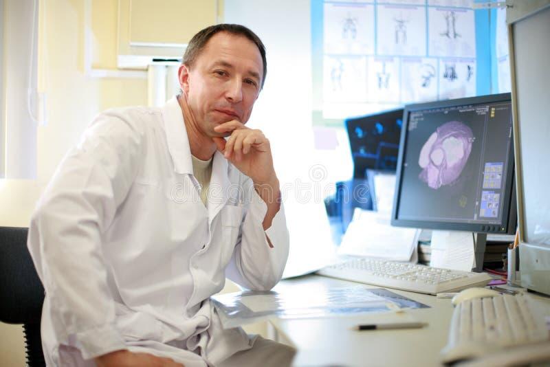 doktorsradiologist arkivbild