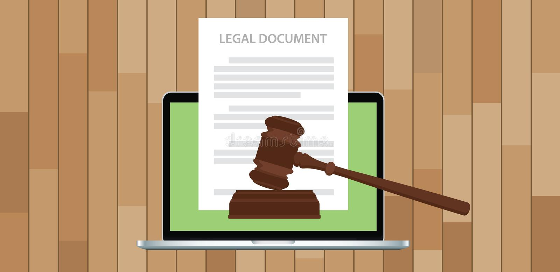 Dokument prawny z młoteczkiem i laptopem ilustracji