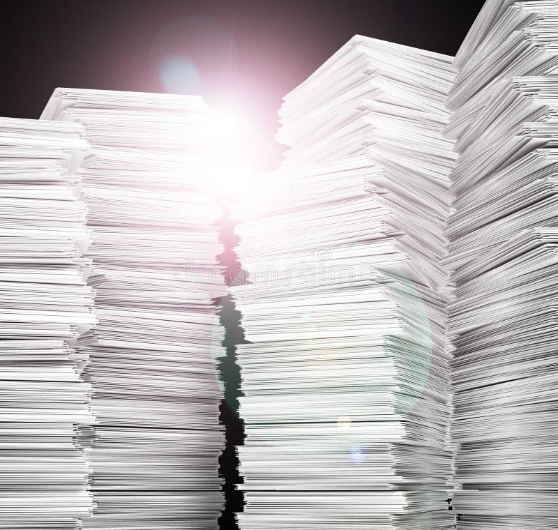 dokumentation white för paper bunt arkivbild