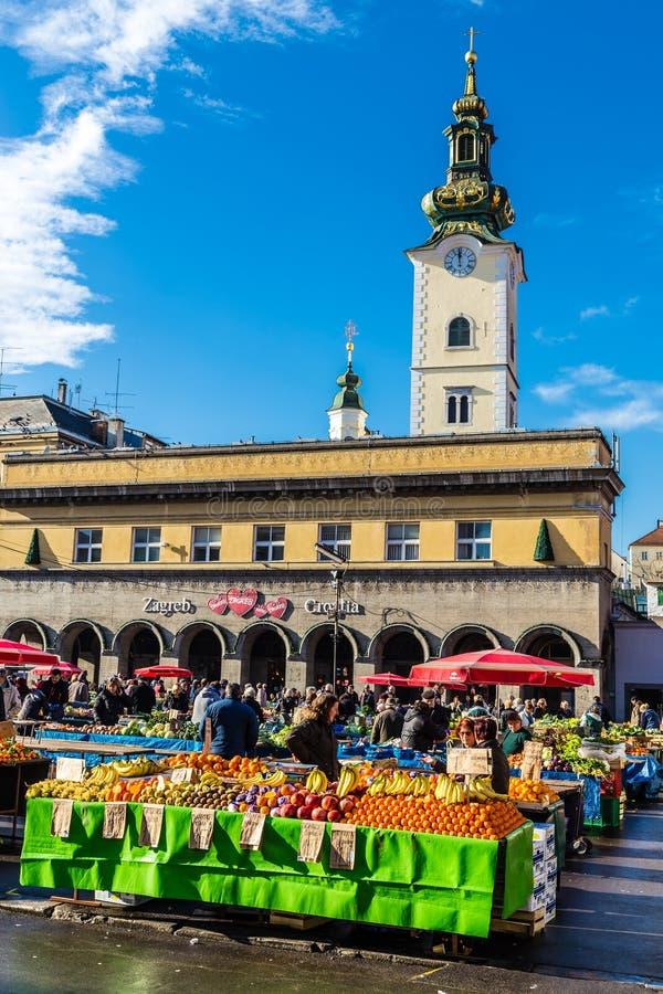 Dolac市场和StMarys教会-萨格勒布,克罗地亚 库存照片