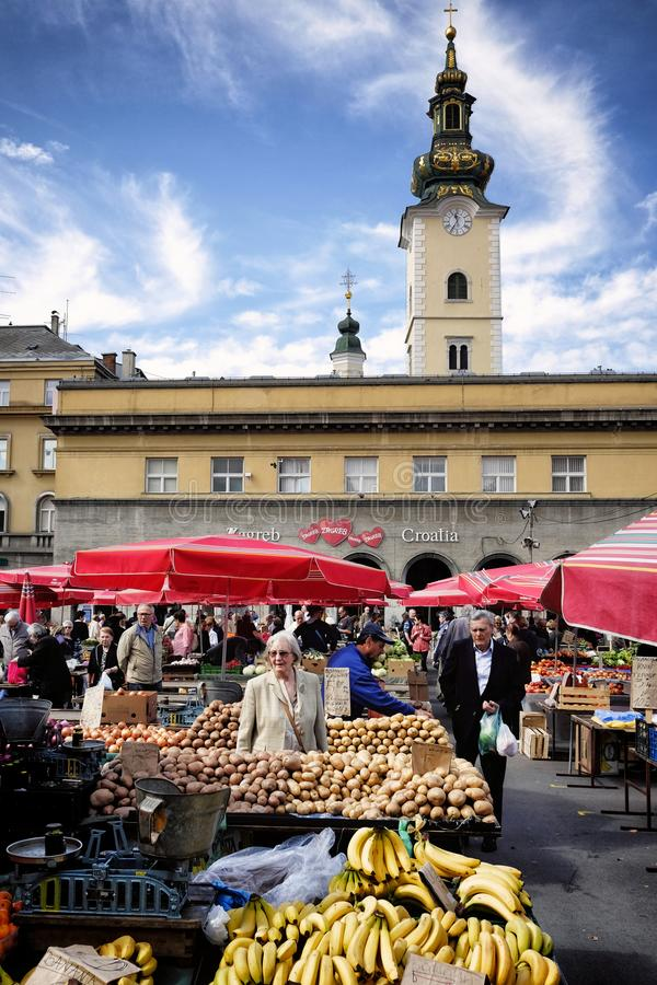 Dolac市场在萨格勒布 免版税库存照片