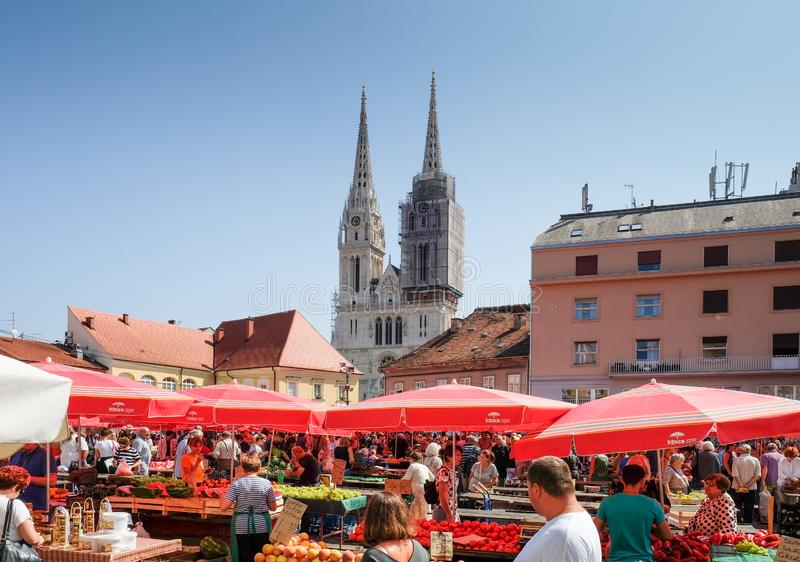 Dolac是位于戈尔尼格勒的一个中央农夫的市场 萨格勒布 免版税库存照片