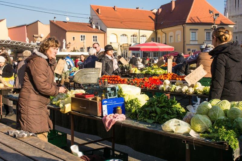 Dolac-Markt in zentralem Zagreb lizenzfreies stockbild