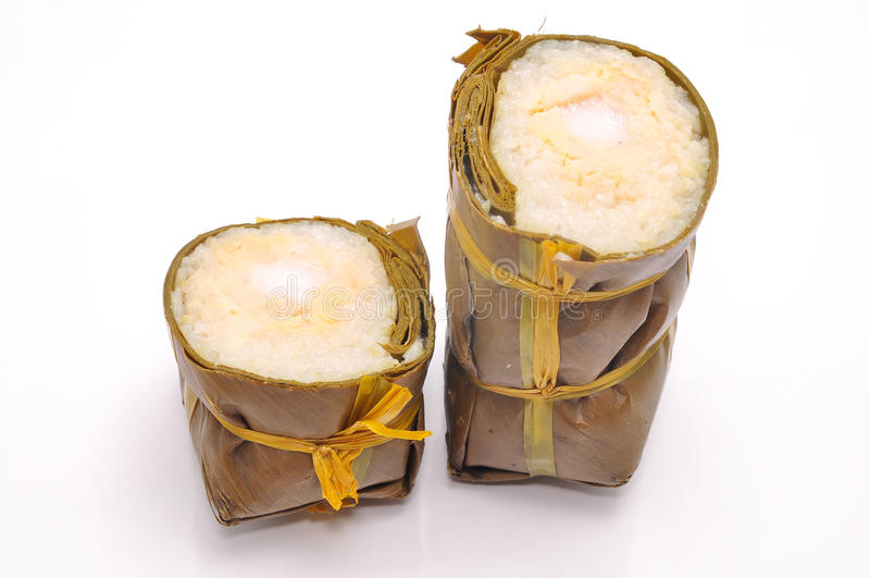 Dolce di riso appiccicoso cilindrico vietnamita fotografie stock libere da diritti