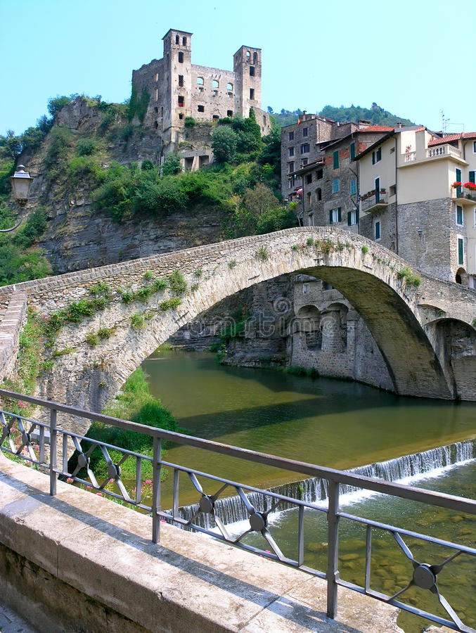 Free DolceAqua Bridge Stock Photography - 15865082