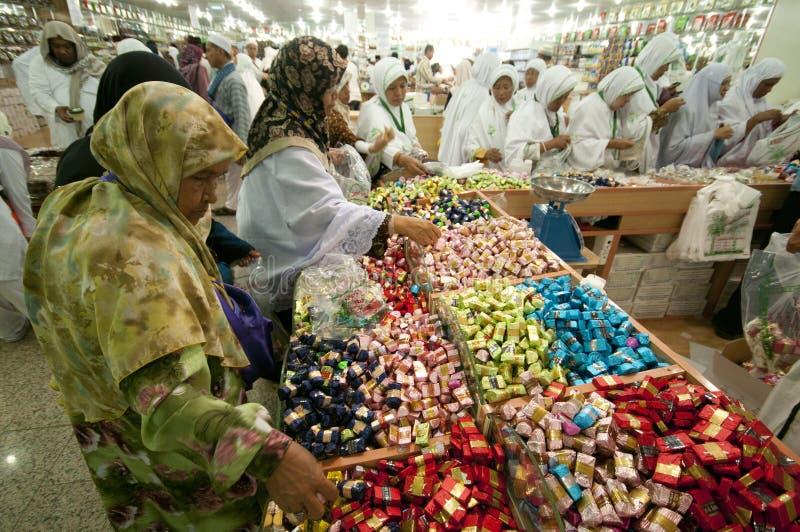 Dolci di vendita degli Arabi immagine stock libera da diritti