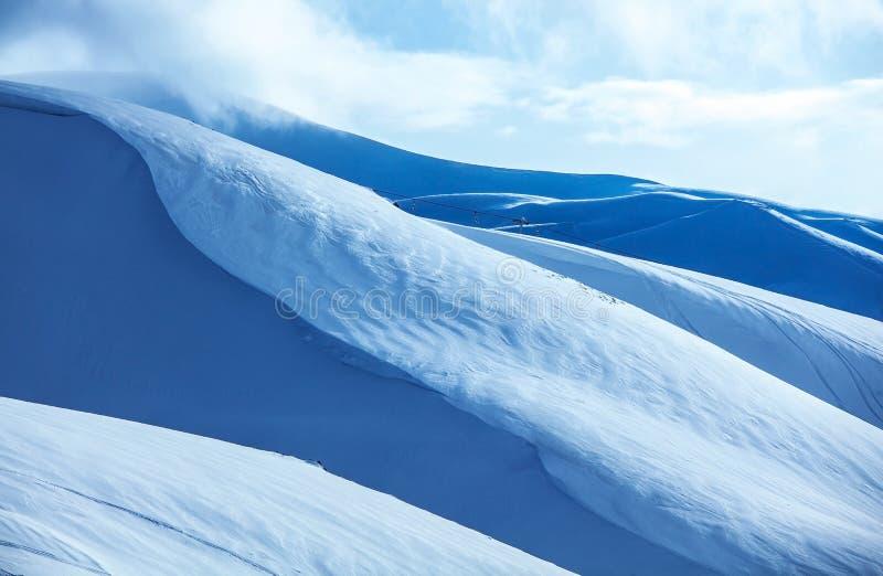Dold snow för berg royaltyfria foton