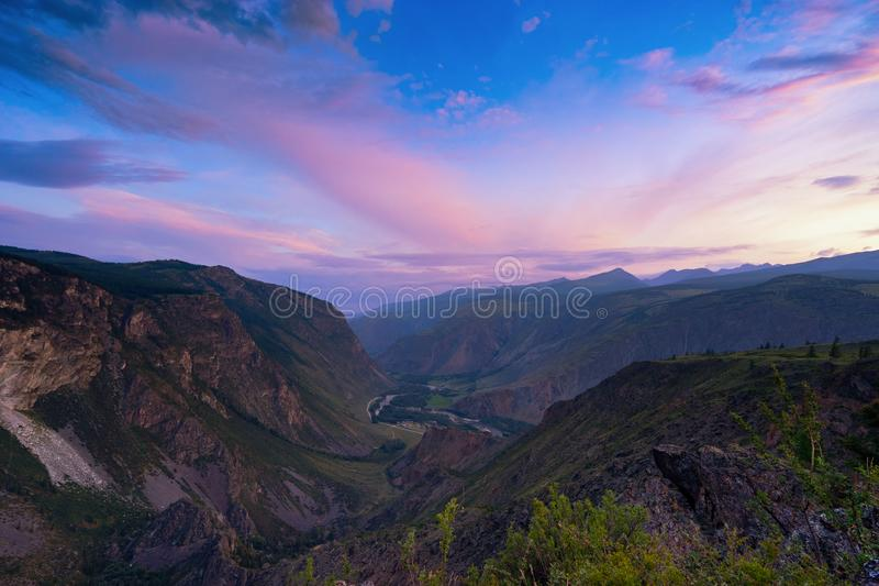 dolina Chulyshman rzeka fotografia stock