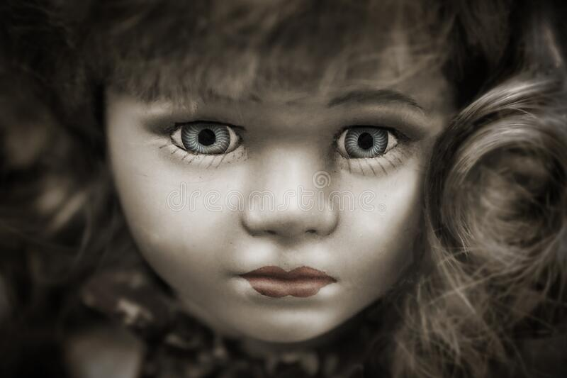 Doll With Grey Eyes And Brown Hair Free Public Domain Cc0 Image