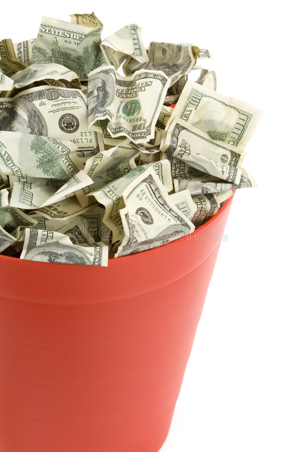 Dollari in latta di immondizia rossa fotografia stock libera da diritti