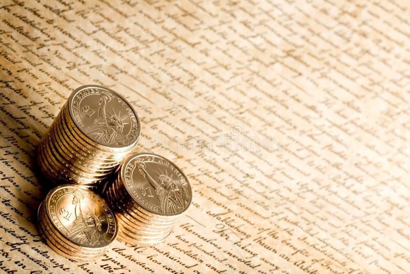 Dollarmünzen lizenzfreies stockfoto