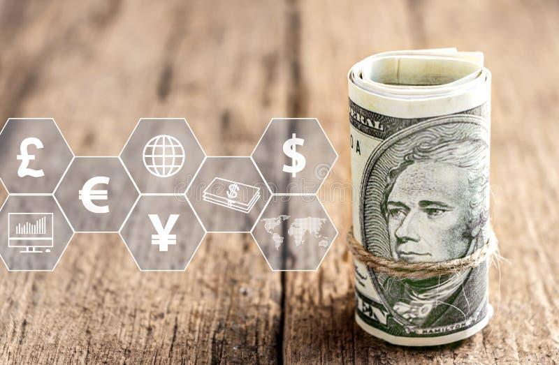 Dollaro americano con l'icona virtuale sulla tavola di legno Il concetto di commercio mondiale finanziario o di crescita, di affa royalty illustrazione gratis