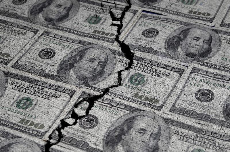 Dollars américains déchirés ou déchirés photo libre de droits