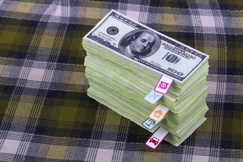 Download Dollars en planningskosten stock afbeelding. Afbeelding bestaande uit auto - 39101057