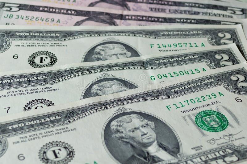 Dollars US : Haut étroit de factures de dollar US image stock