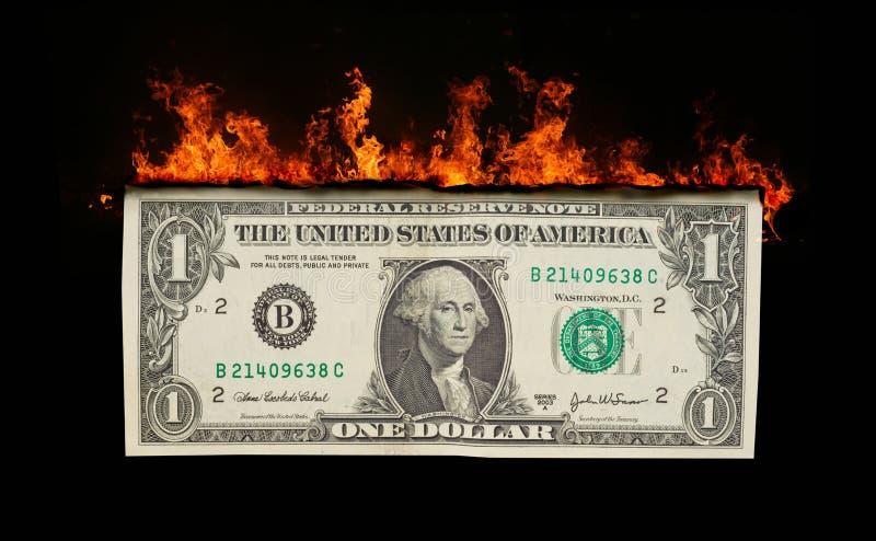 Dollarschein in den Flammen lizenzfreies stockbild