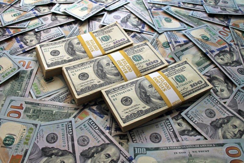 Wieviel Geld Liegt Auf Dem Tisch