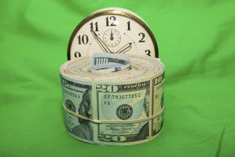 DollarZeitintervall-Geldeinsparungen stockbild