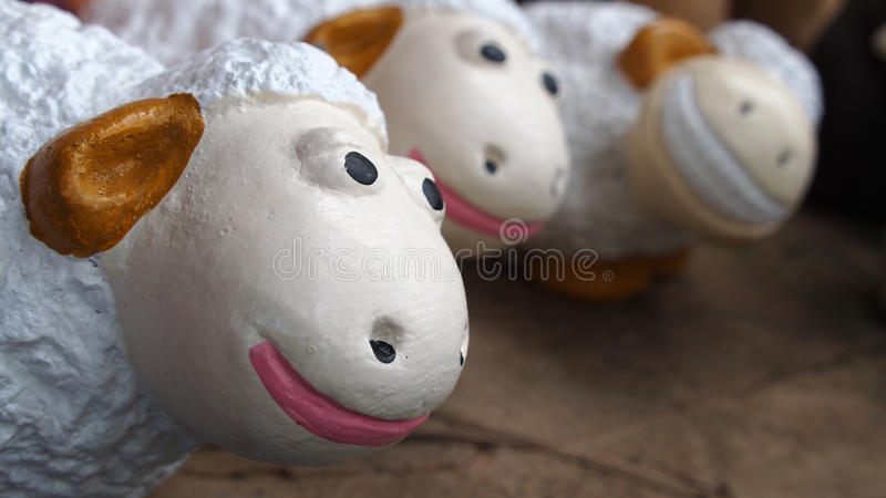 Dolly The Sheep Family stock foto