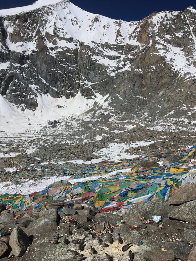Dolma Lapasserande - montering Kailash Kora i vår i Tibet i Kina arkivfoto