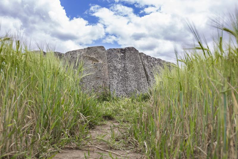Dolmen di Magacela, Estremadura, Spagna fotografie stock