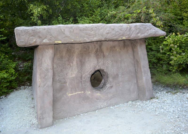 dolmen, megalit Antyczna budowa religijny kult obraz royalty free
