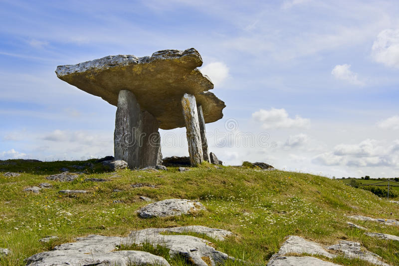 dolmenu poulnabrone kamienie fotografia stock