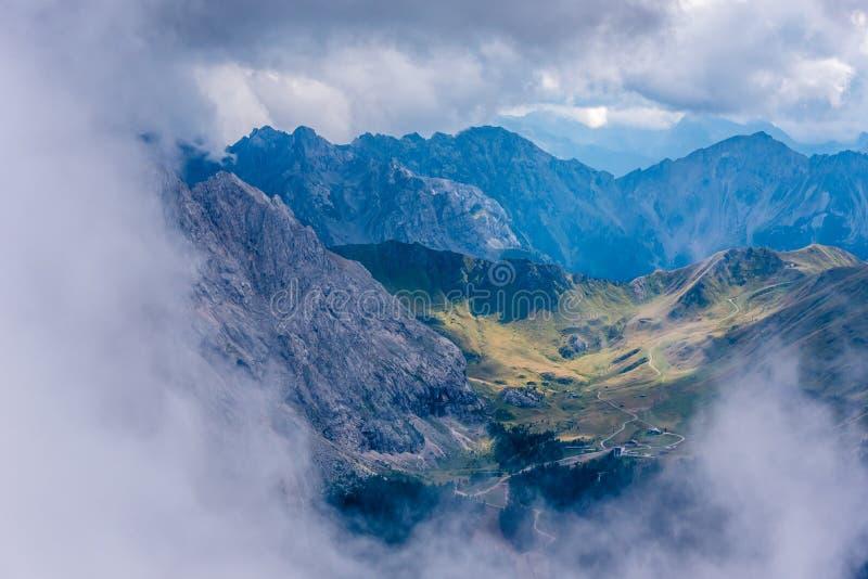Dolomiet Itali? - Val Gardena - Passo Sella royalty-vrije stock afbeelding