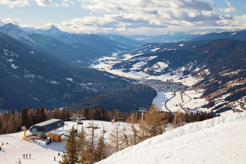 Dolomitów Alps, Włochy - Halny narciarstwo i jazda na snowboardzie Sexten Sesto, Puster dolina, Południowy Tyrol obrazy stock