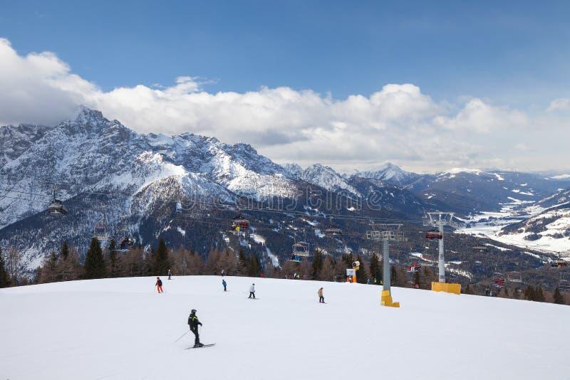 Dolomitów Alps, Włochy - Halny narciarstwo i jazda na snowboardzie Sexten Sesto, Puster dolina, Południowy Tyrol obrazy royalty free