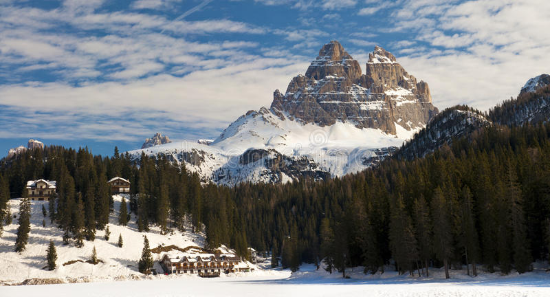 Dolomit-Berg im Winter, Italien stockbild