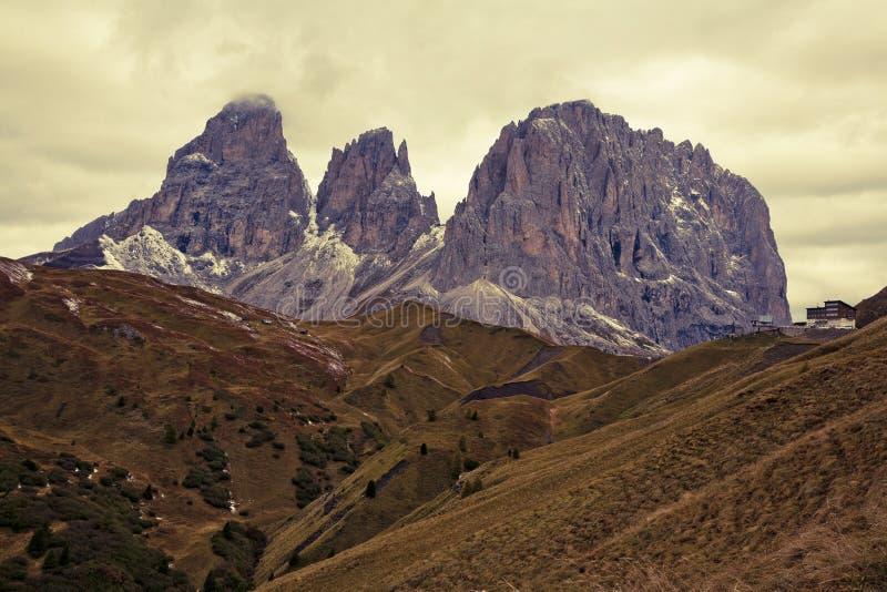 Download Dolomites do inverno foto de stock. Imagem de nuvens - 16852688