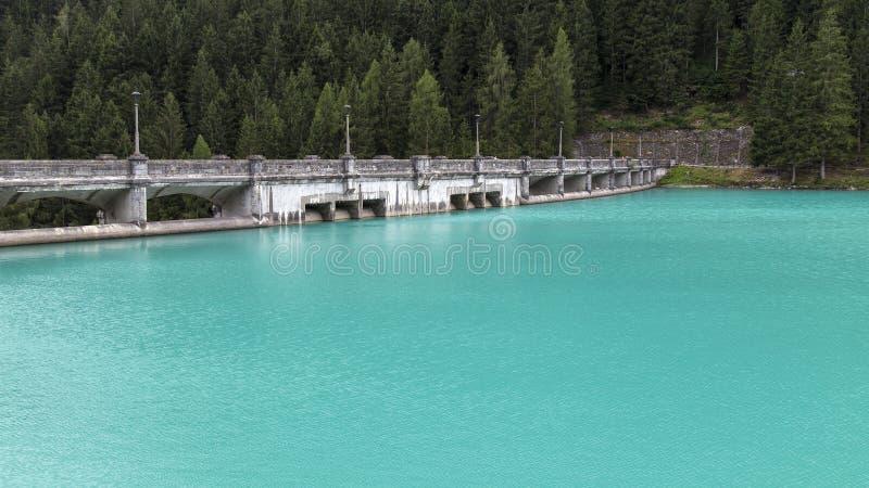 Dolomites sjö royaltyfria foton