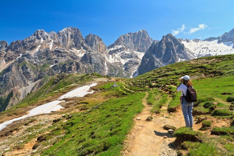 Dolomiti - de Vallei van stijgingscontrin royalty-vrije stock fotografie