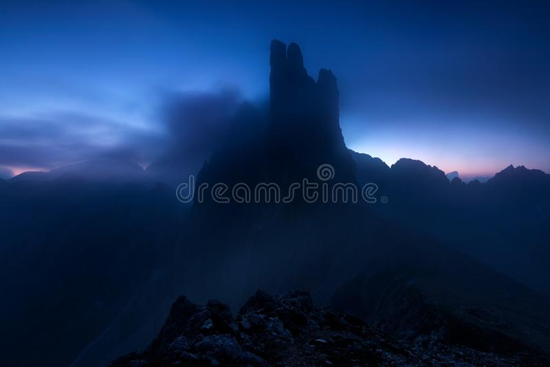 Dolomiti - las torres de Vajolet imagen de archivo