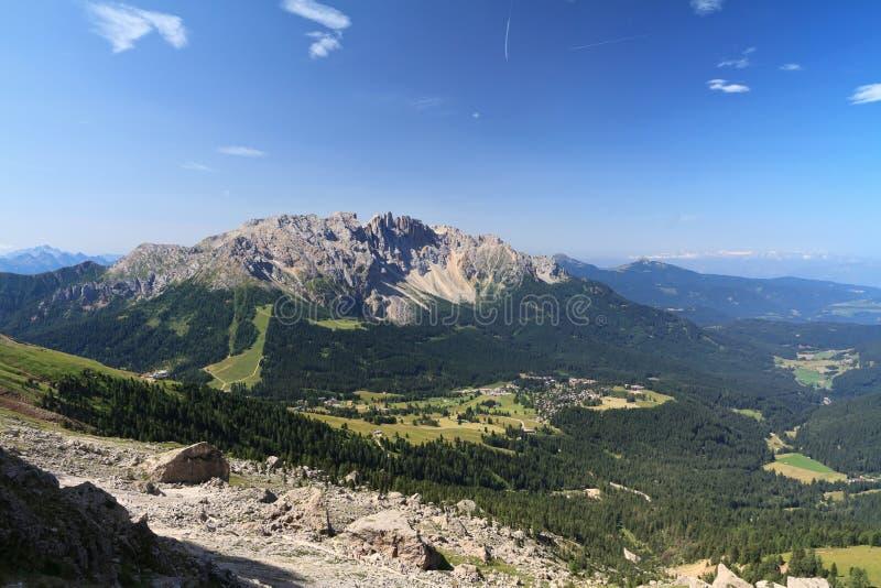 Dolomiti - Latemar zet op royalty-vrije stock fotografie