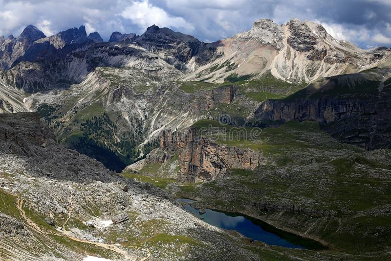 Dolomiti wycieczkuje w sercu Alps obraz stock