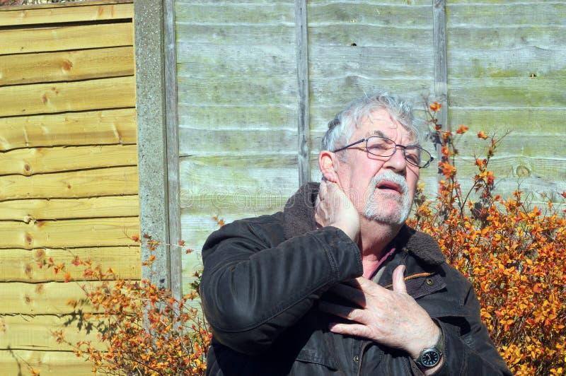 Dolor de cuello. imagen de archivo libre de regalías