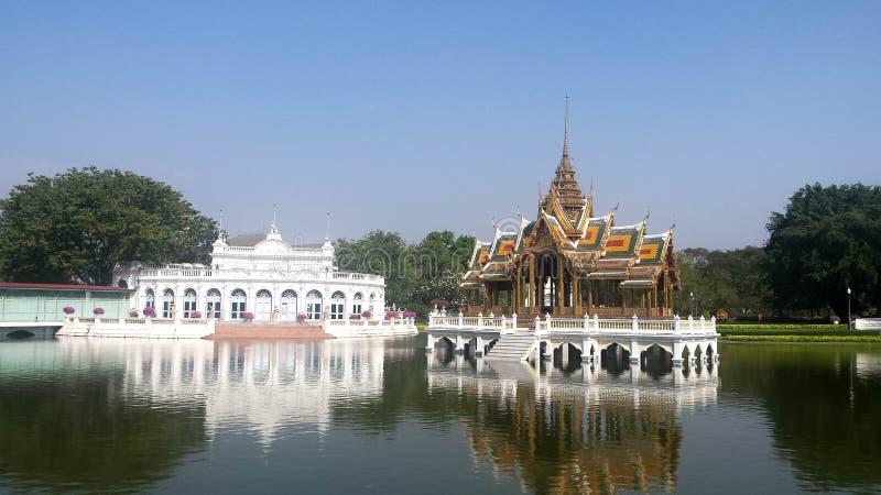 Dolore Aisawan di colpo al palazzo di estate reale vicino a Bangkok, Tailandia fotografia stock