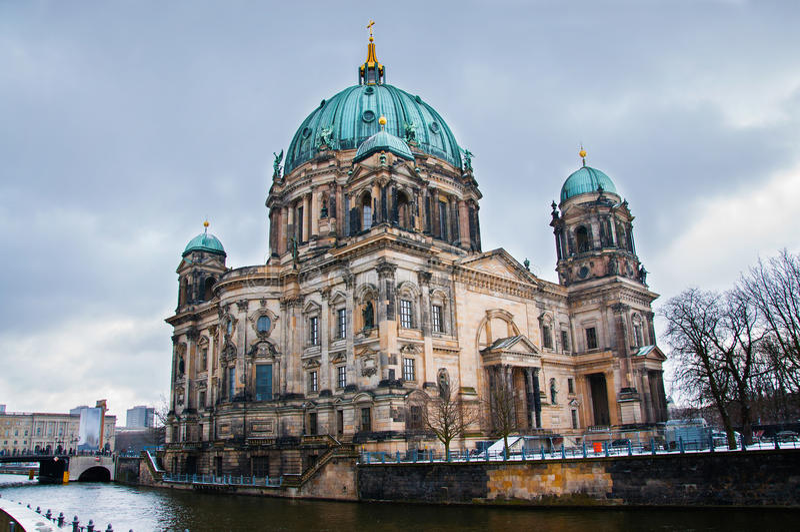 Dom Берлина стоковые изображения rf